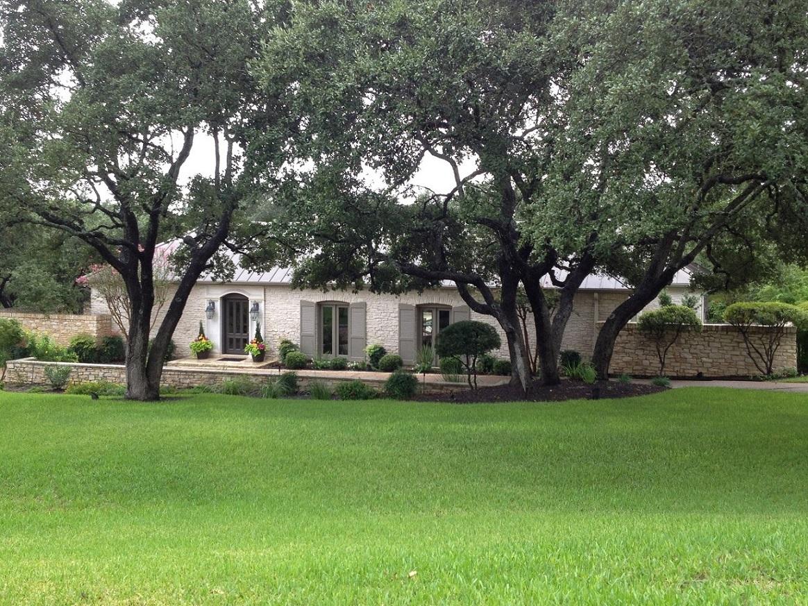 Estates Over Lost Creek House